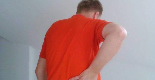 Ból pleców – jak leczyć skutecznie domowymi sposobami